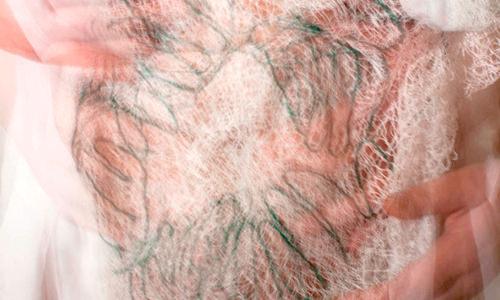 Hand-Bilder, Tuch 5 Nr. 5, 2013, Fotografie, 26,7 x 35,6 cm